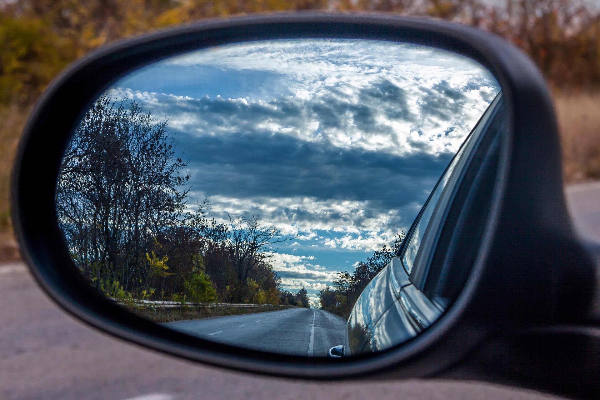 Co musisz wiedzieć zanim zdecydujesz się na wynajem samochodów osobowych?